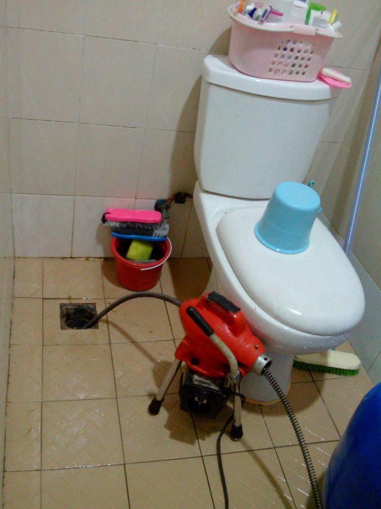 kamar mandiku mampet