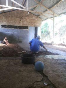 Tim renorooter menyumbang semen di kampung arca