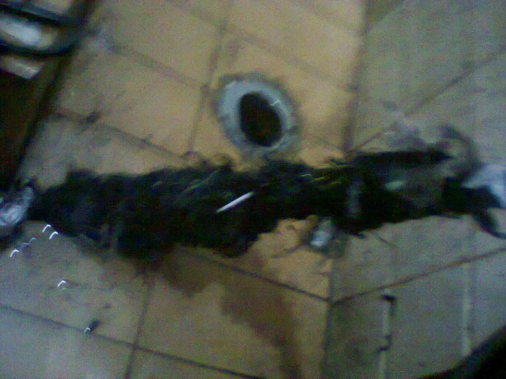 jasa pipa mampet karena rambut dan sampah